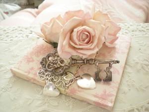 beautiful-fashion-girly-heart-key-Favim_com-404931
